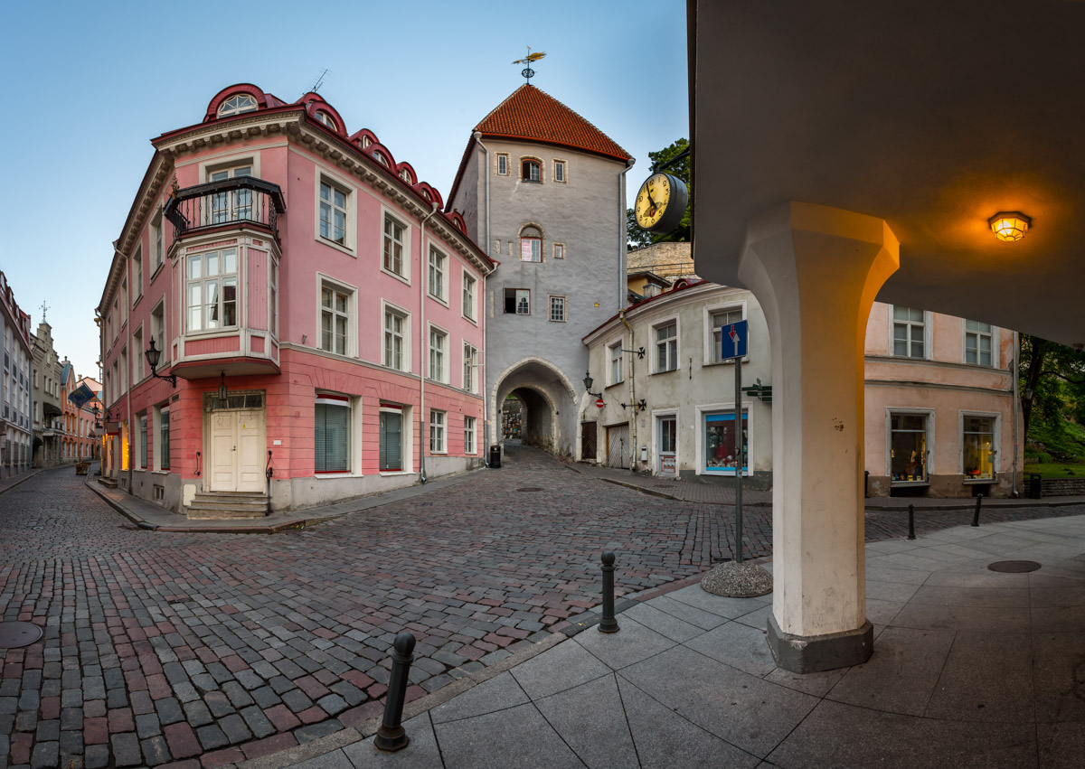 Tower Gate to the Upper Town, Tallinn, Estonia