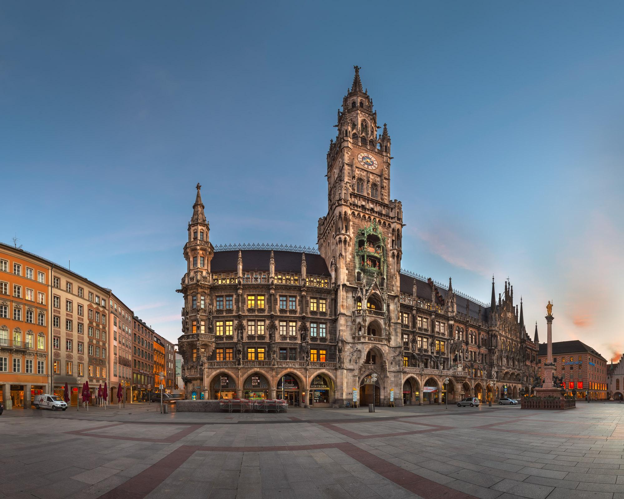 Panorama of Marienplatz and New Townhall, Munich, Germany