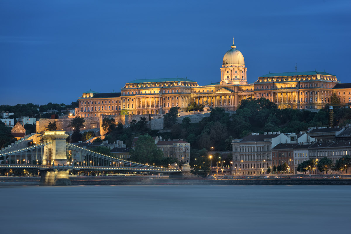 Buda Castle, Szechenyi Chain Bridge, Budapest, Hungary