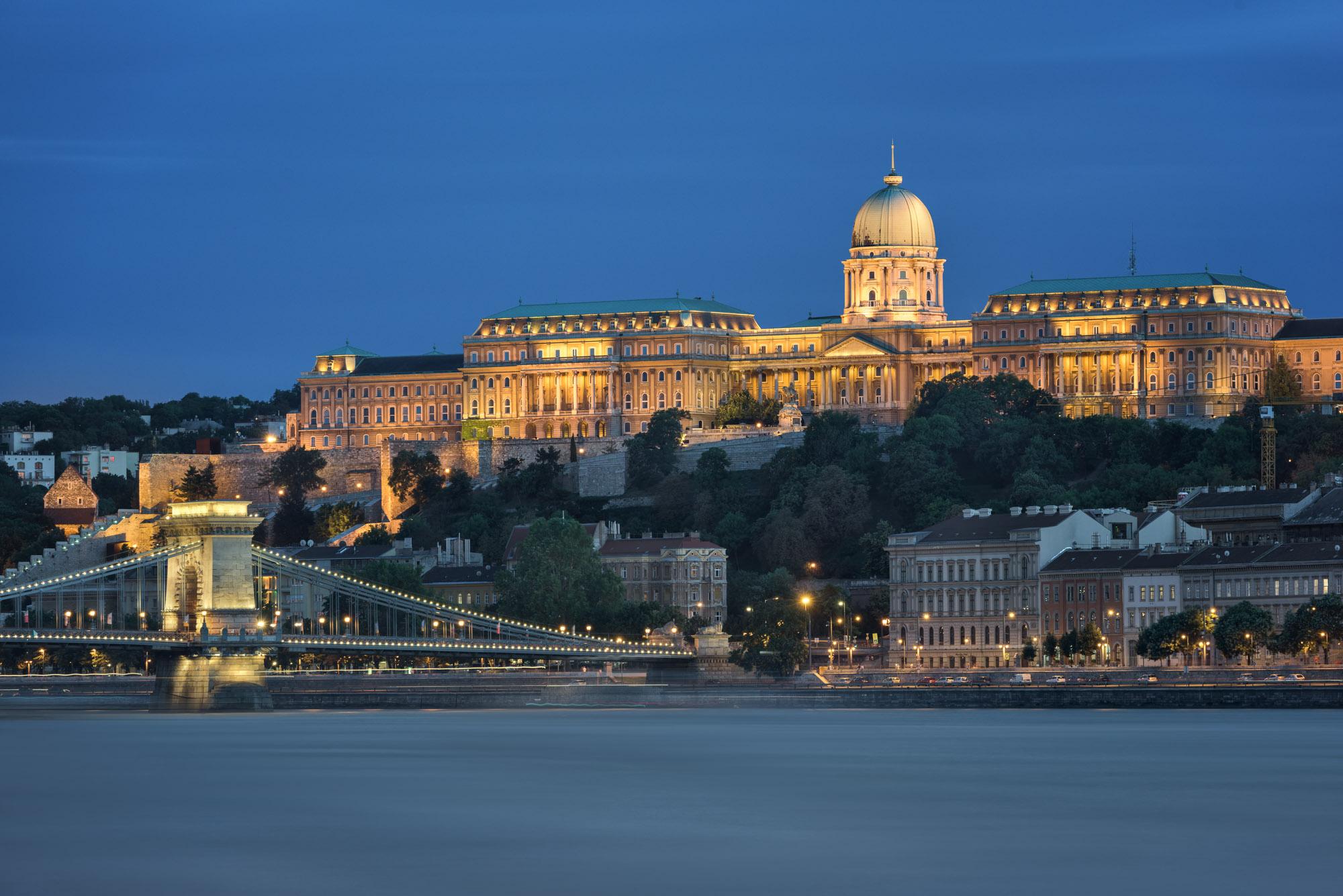 Buda Castle, Szechenyi Chain Bridge, Budapest, Hungary