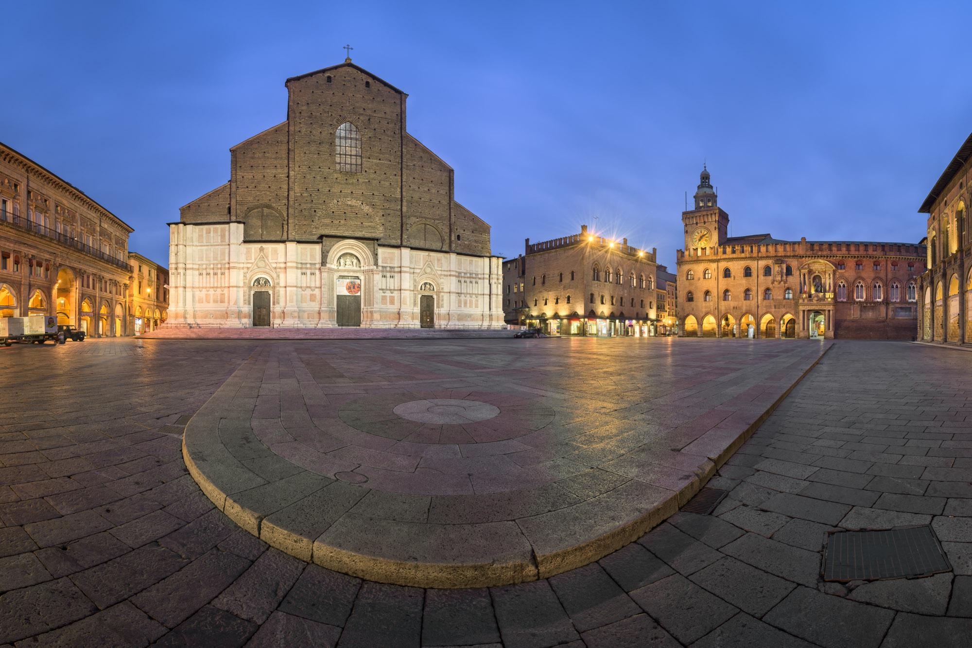 Piazza Maggiore and San Petronio Basilica, Italy