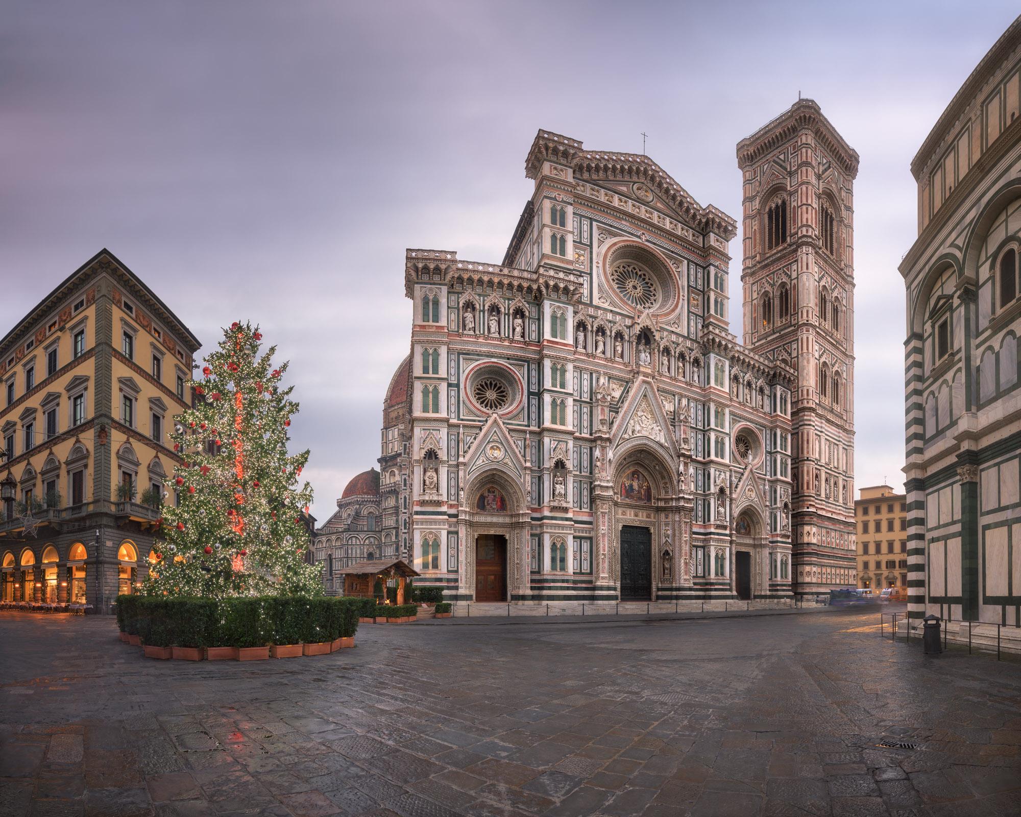 Cathedral Santa Maria del Fiore, Giottos Campanile, Florence