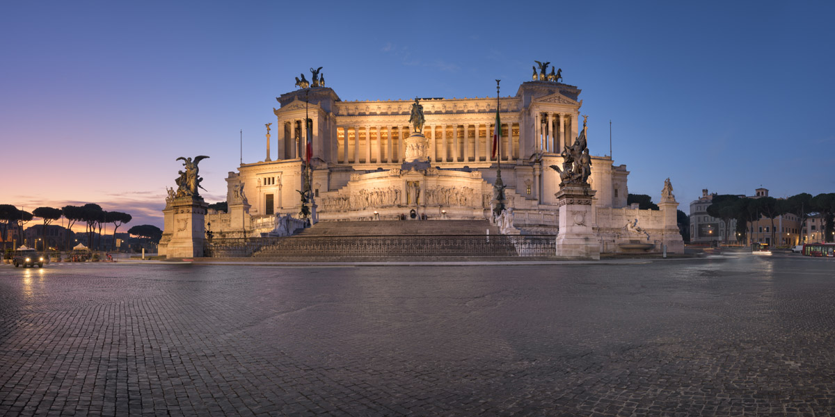 Altar of the Fatherland and Piazza Venezia, Rome, Italy
