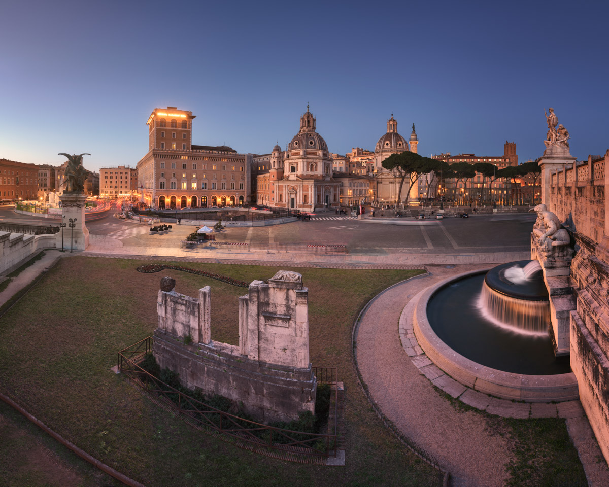 Piazza Venezia and Fountain of Adriatic Sea, Rome, Italy