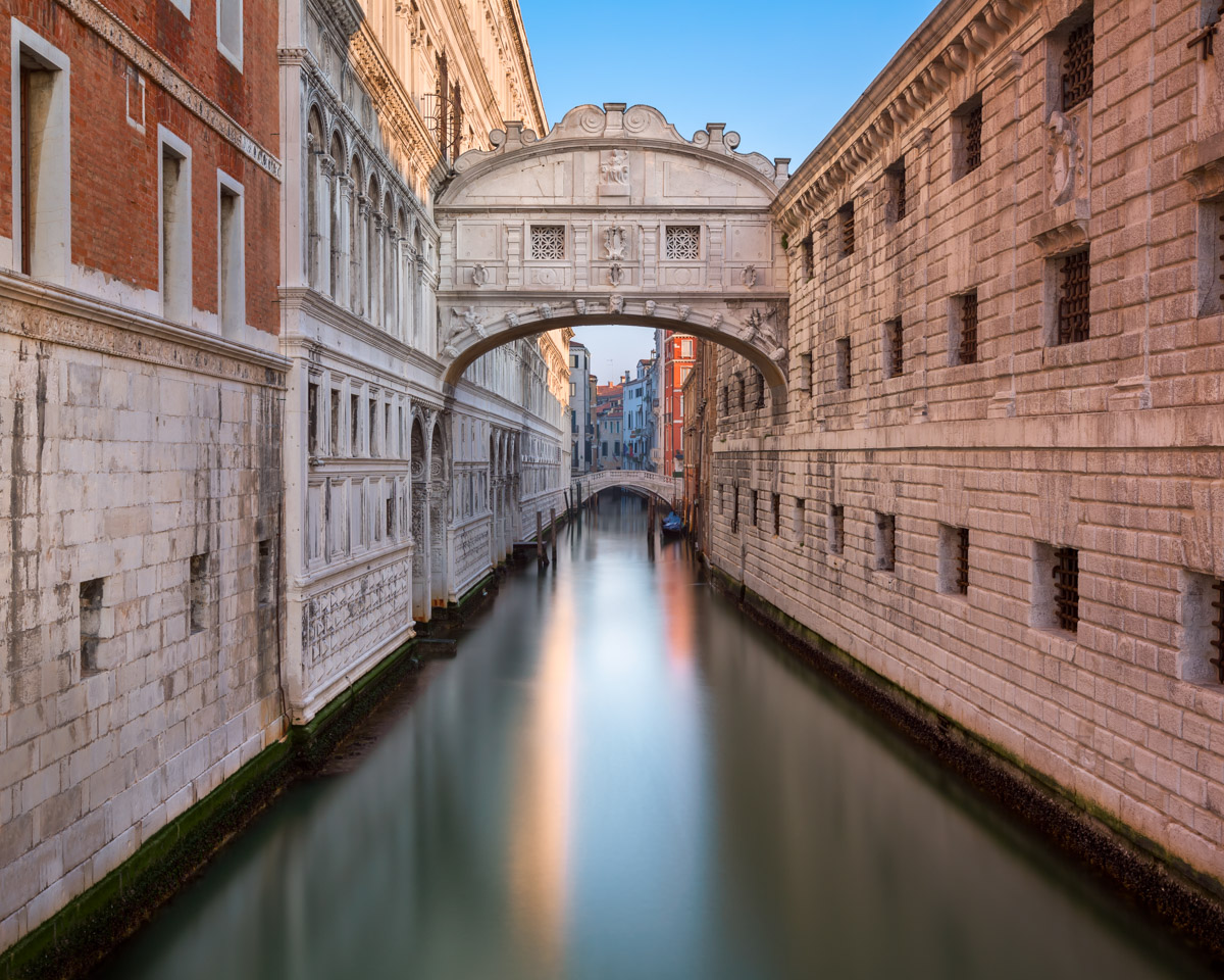 Bridge of Sighs and Doge's Palace, Venice, Italy