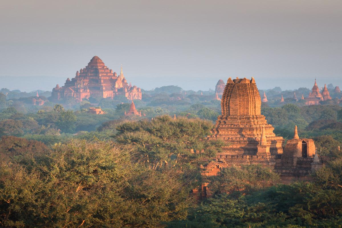 Dhammayan Gyi Temple and Ta Wet Hpaya, Bagan, Myanmar