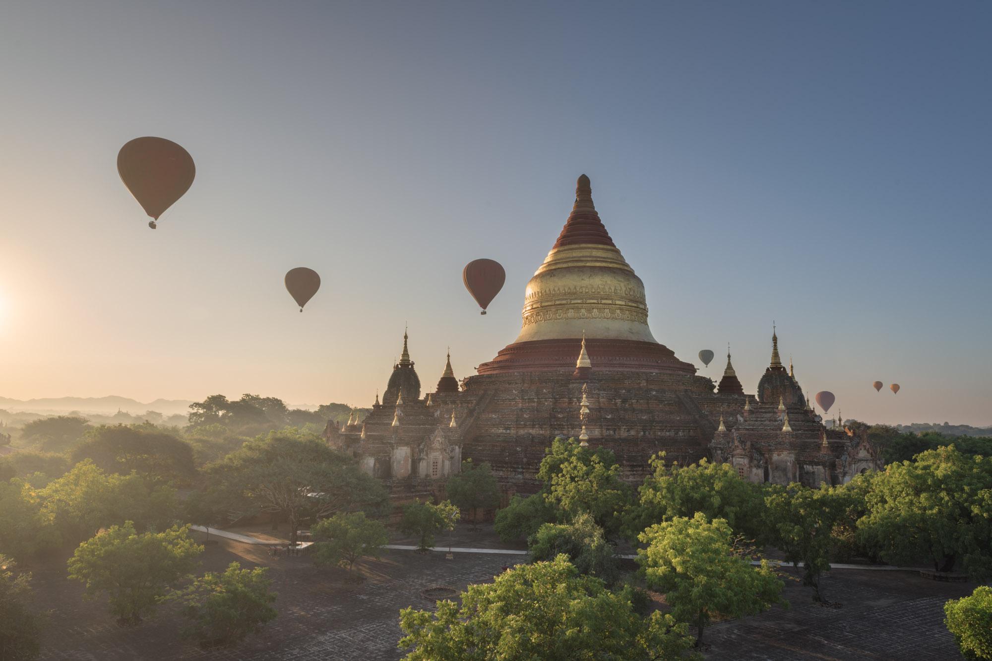 Dhammayazaka Pagoda, Bagan, Myanmar