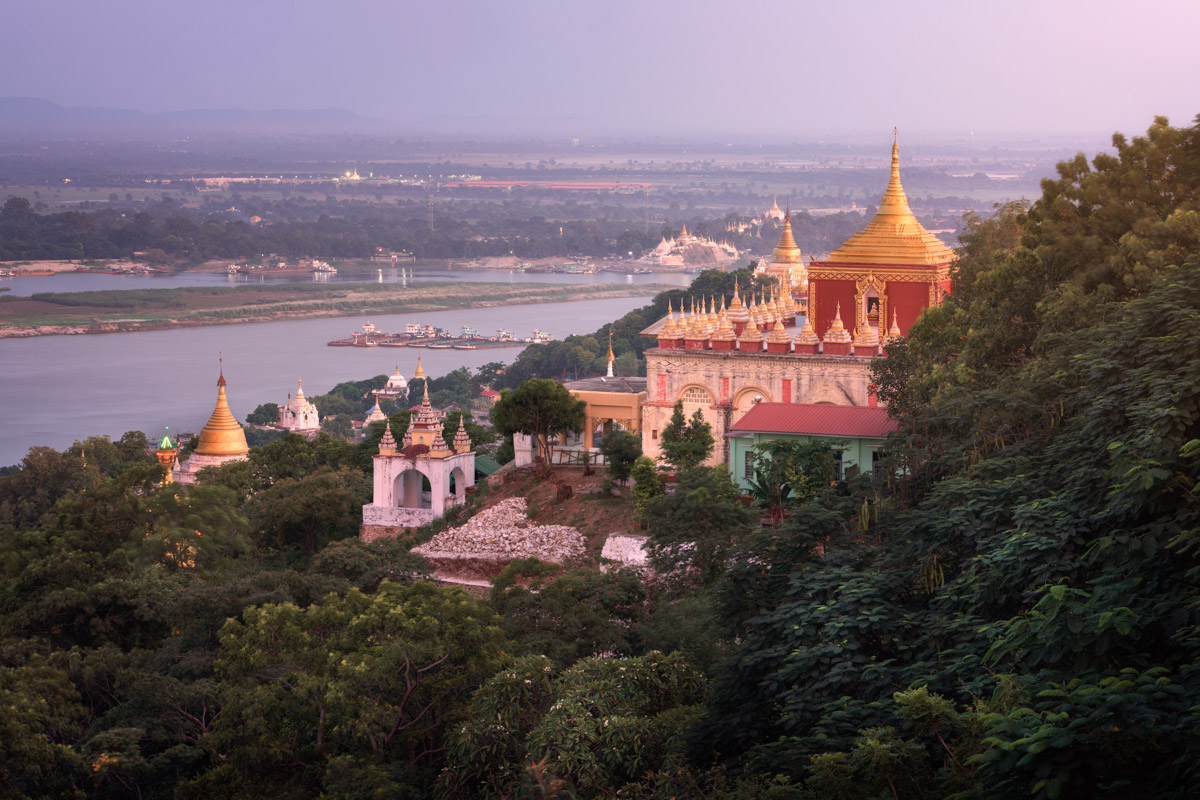 Sedi La Su Taung Pyae Pagoda, Sagaing Hill, Myanmar
