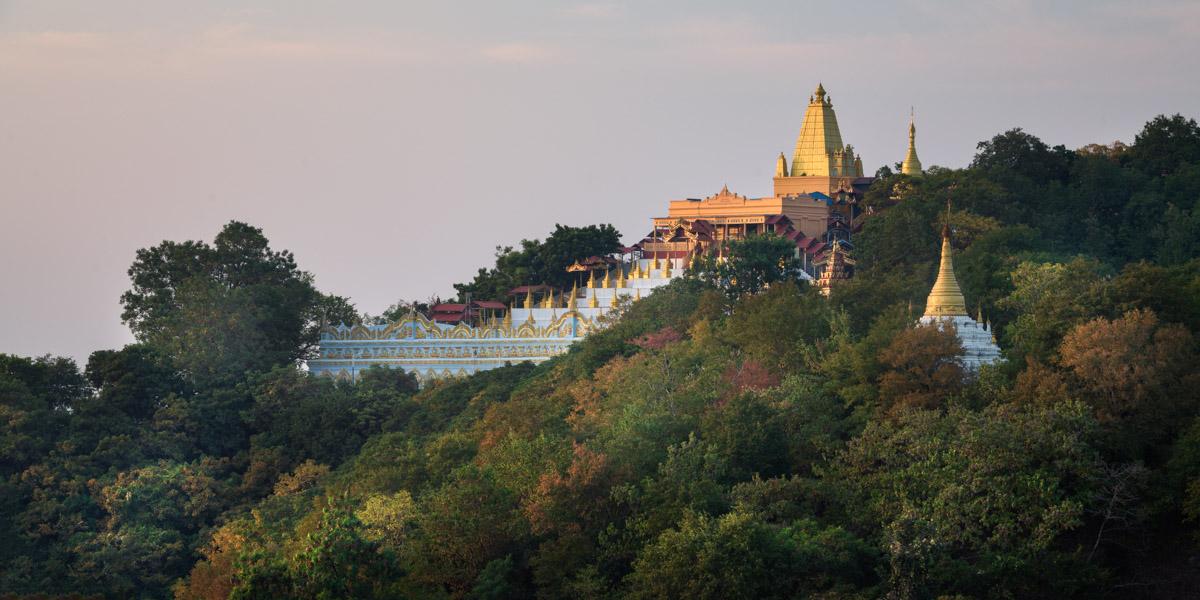 Umin Thonze Pagoda, Sagaing Hill, Myanmar