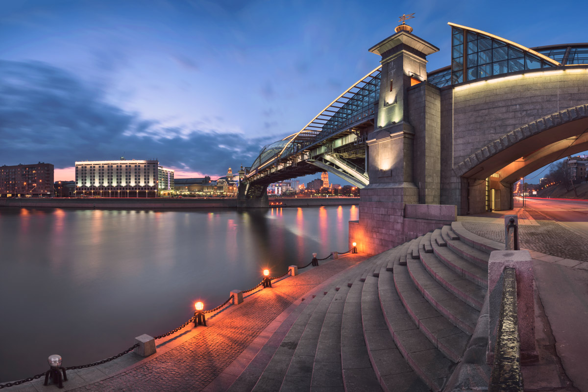 Bogdan Khmelnitsky Bridge, Moscow, Russia