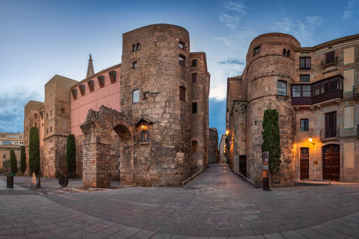 Ancient Roman Gate and Placa Nova, Barcelona, Catalonia