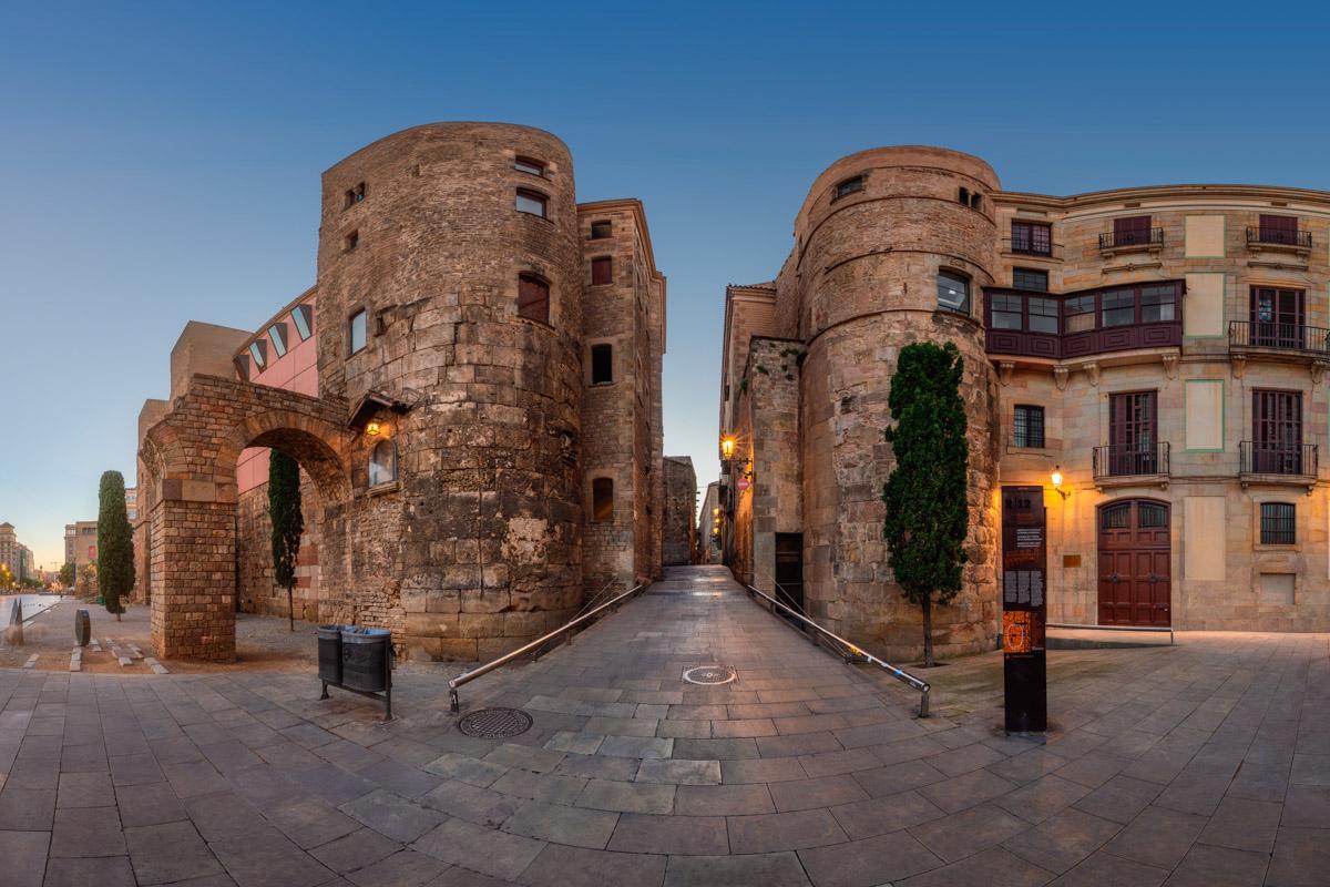 Ancient Roman Gate, Placa Nova, Barcelona, Catalonia
